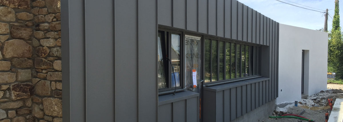 Couverture couvreurs boulho trinit surzur morbihan 56 for Appuis de fenetre en zinc